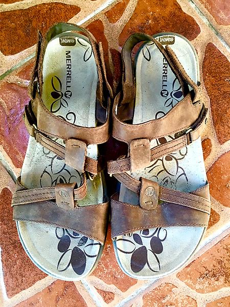 shoes_merrell1.jpg